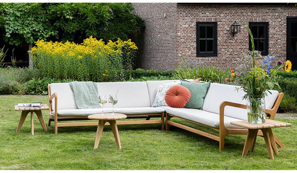 mooie-hoek-loungebank-voor-buiten